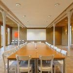 Ecolut Seminargebäude / EcoLut Center